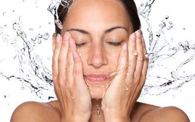 Как да се грижим за кожа с акне?