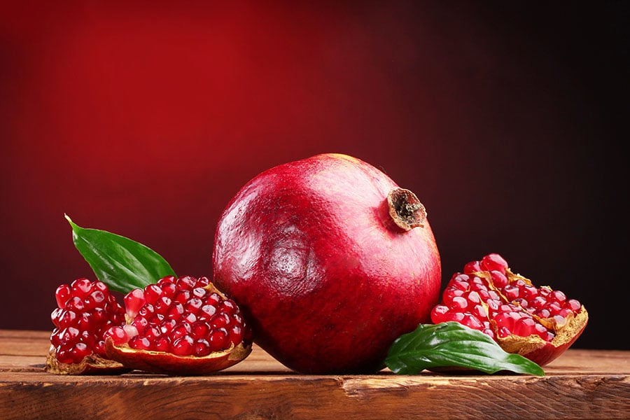 Beauty tips with pomegranate